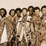 "Earth, Wind & Fire - ""September"" & ""Fantasy"" (Live 1988)"