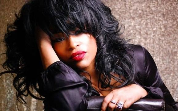miki_howard2002-lotsa-hair-wide-big