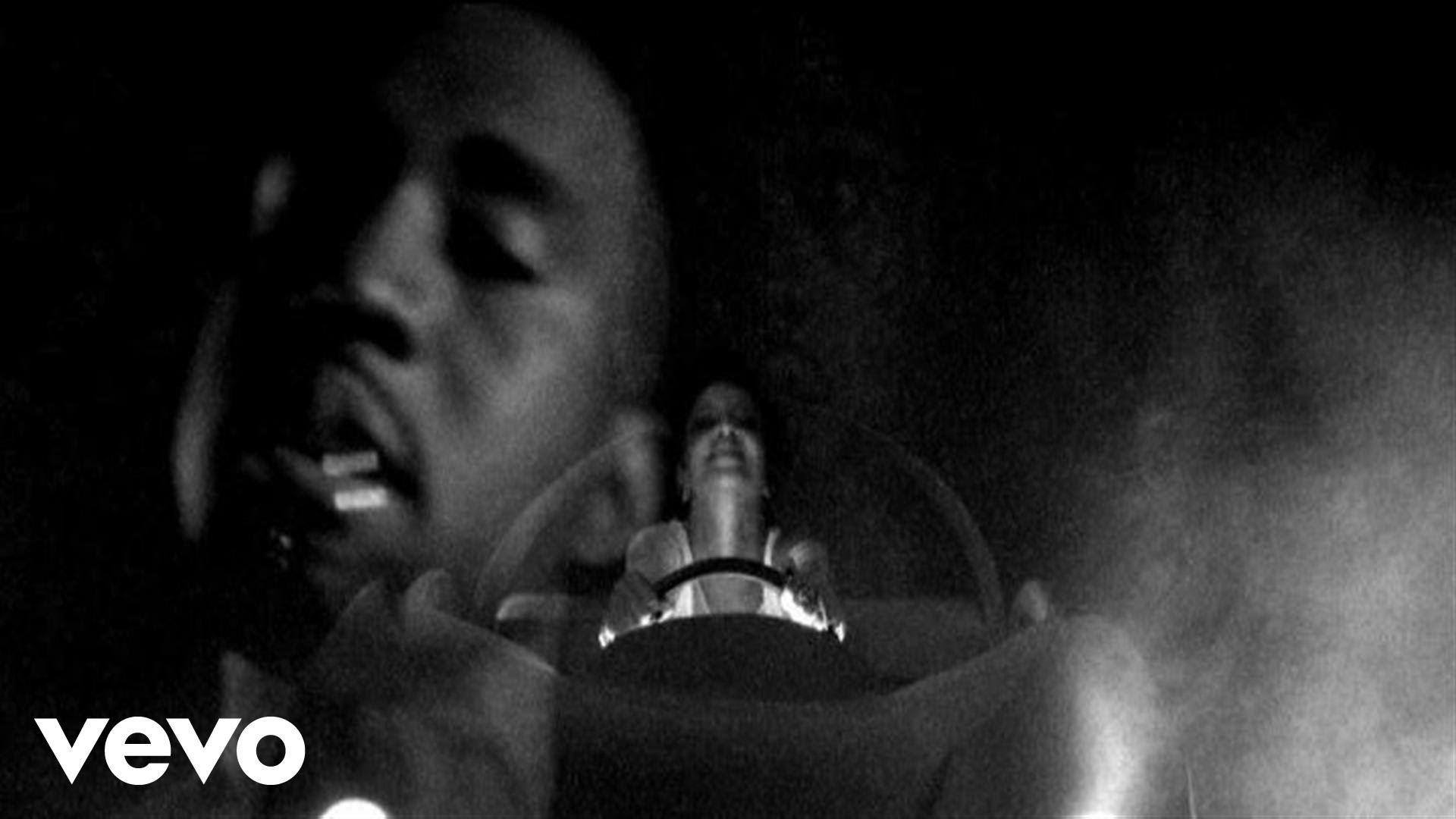 Kanye_paranoid_featuring_Mr_hudson