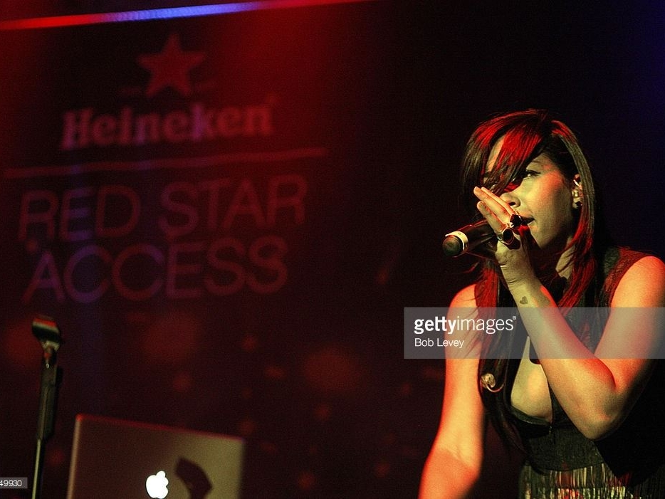melanie-fiona-red-star-access