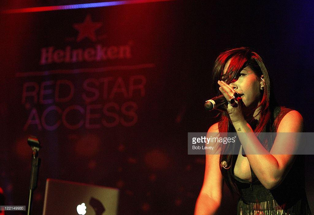 melanie-fiona-red-star-access
