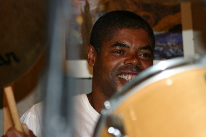 news-johnnygilmore-drumming-med