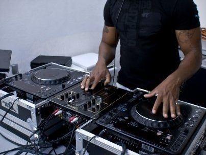 DJ-Phaze11