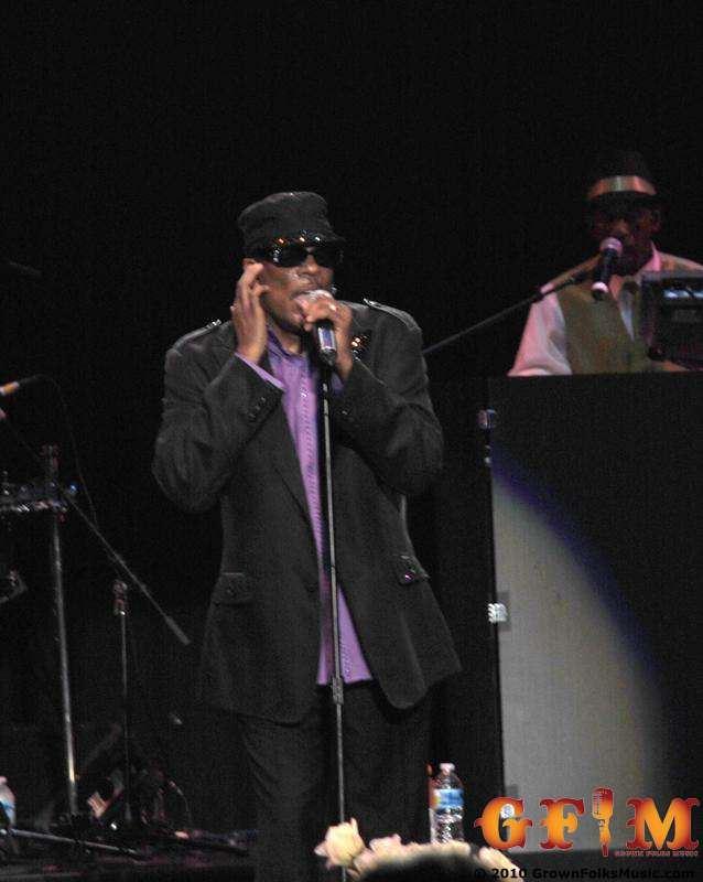 Charlie Wilson performing live in Atlanta