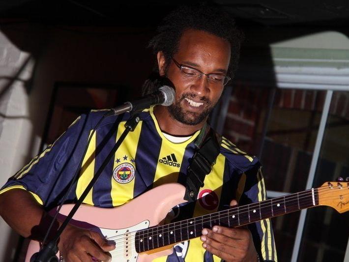 Jamal-Guitar