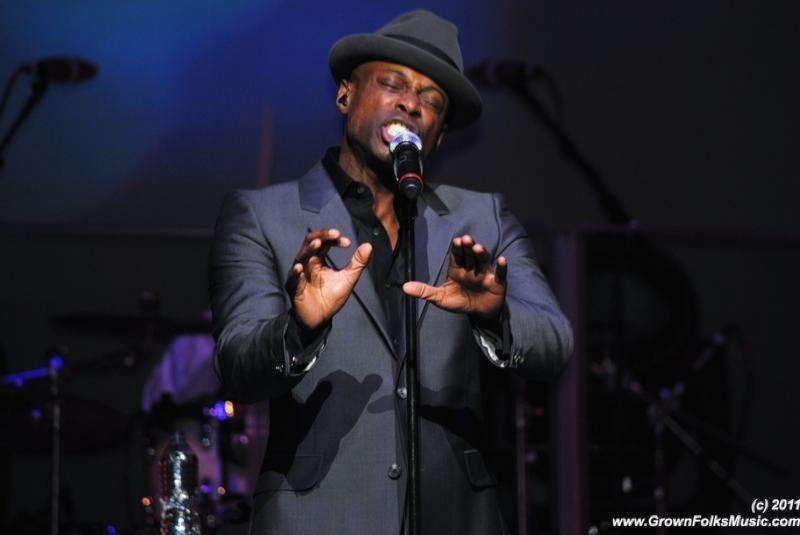 Kem performing in Atlanta