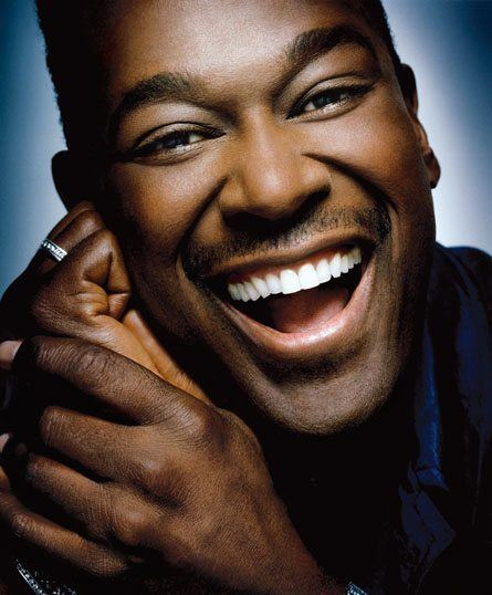 luther-vandross-smiling