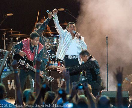 The Jacksons performing in Atlanta