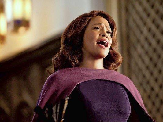 Whitney Houston Sparkle