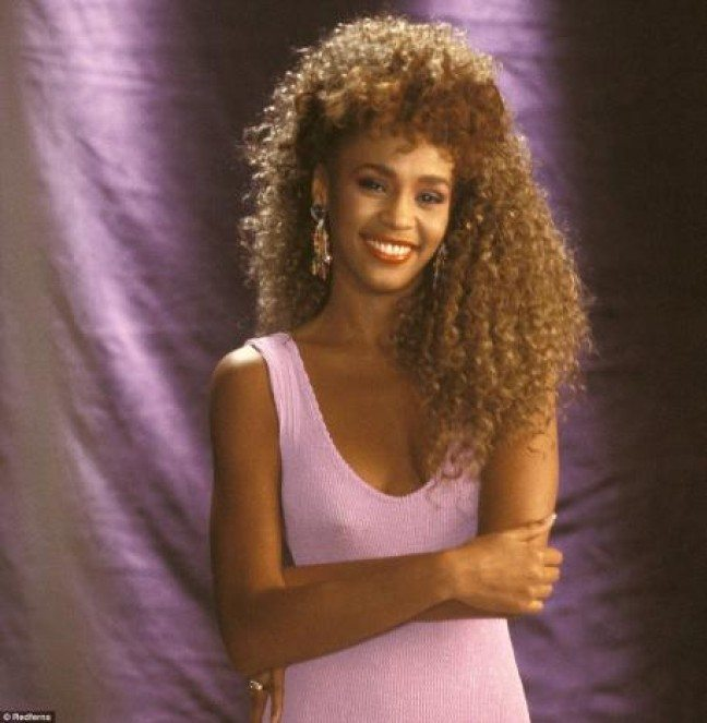 whitney-houston-in-the-80s_457x468-e1329346108609