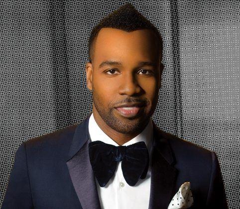 VaShawn-Mitchell-Navy-Tuxedo