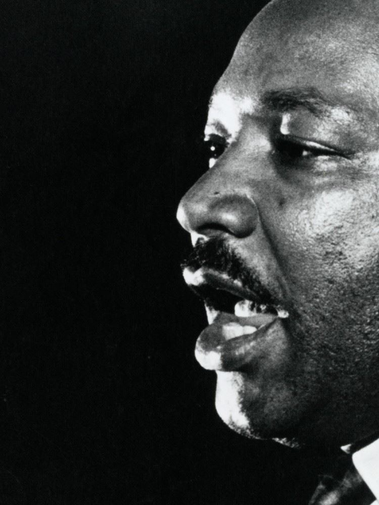 o-MARTIN-LUTHER-KING