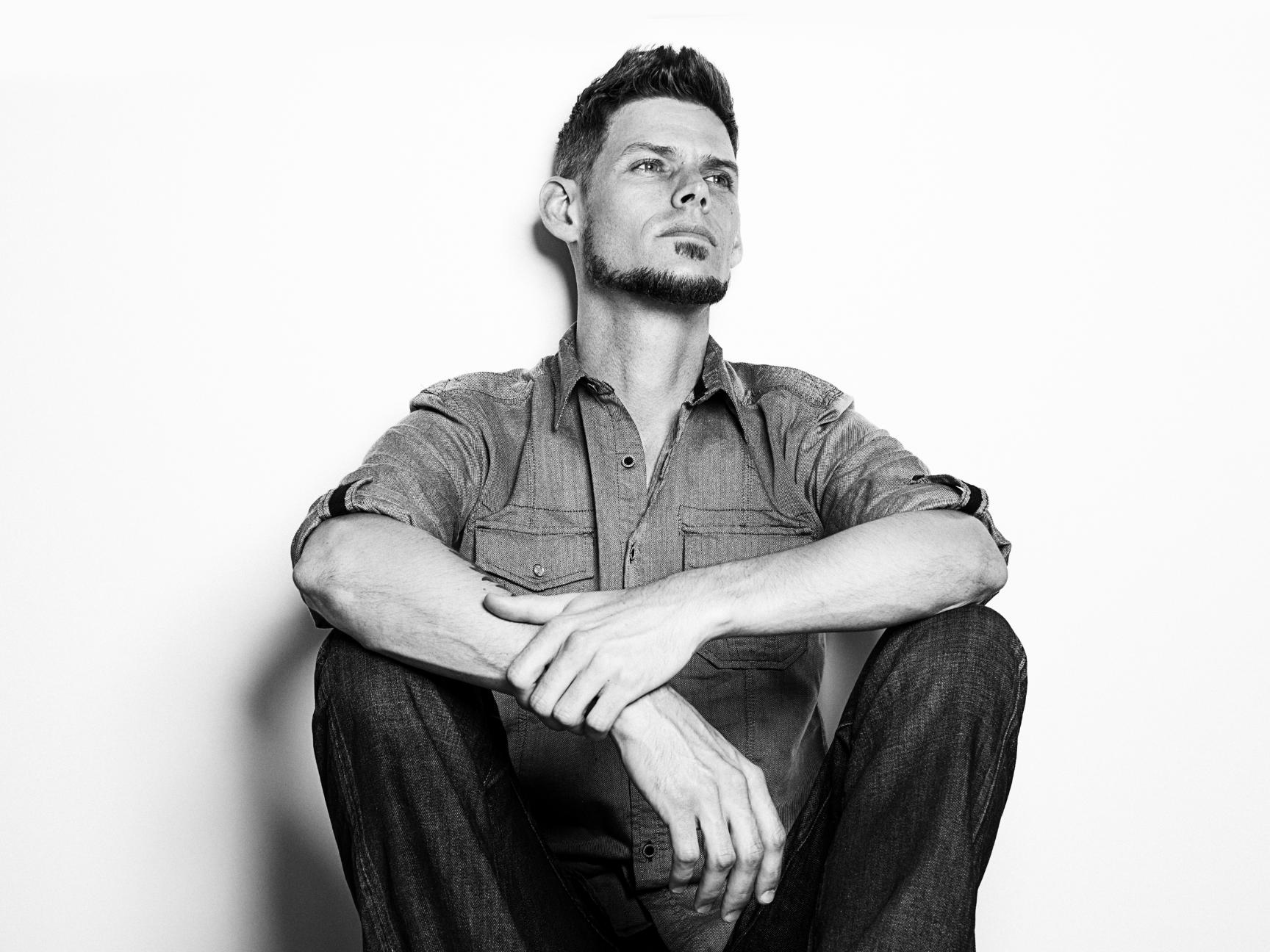 Jarrod Lawson Press Photo 2014