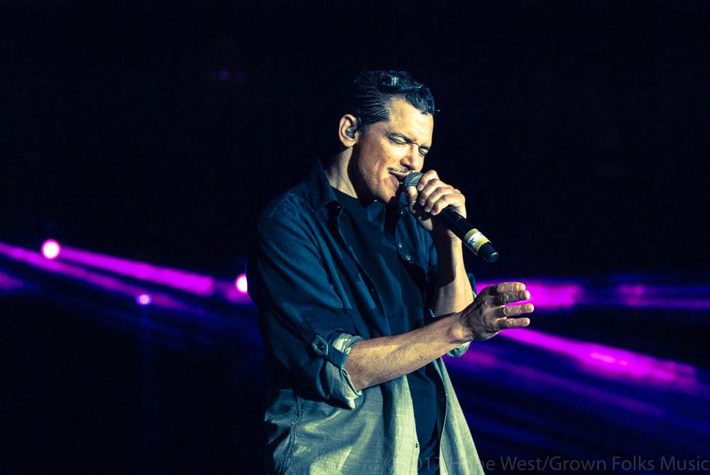 El DeBarge performing onstage at Wolf Creek Amphitheater