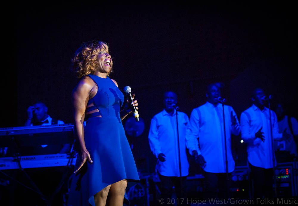 Stephanie Mills performing onstage at Wolf Creek Amphitheater