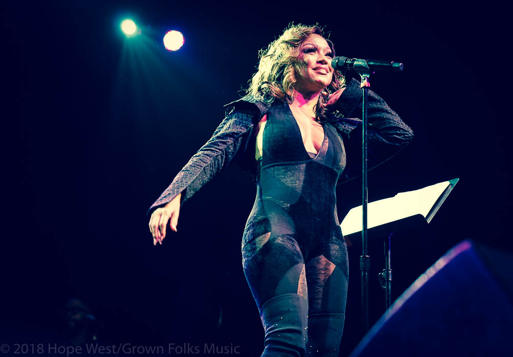 Chante Moore performing onstage at Center Stage in Atlanta