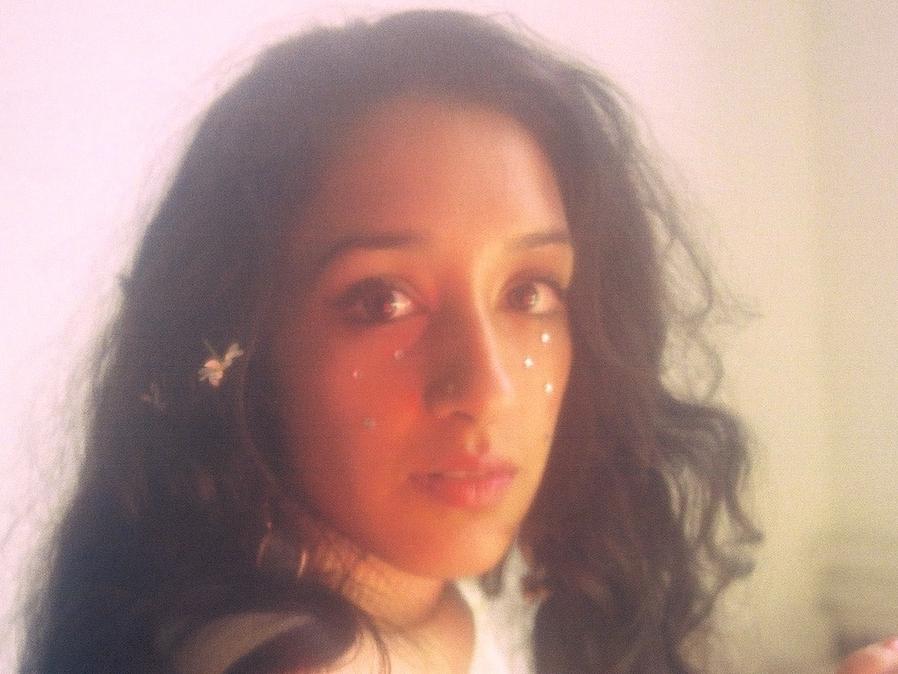 Raveena-Honey
