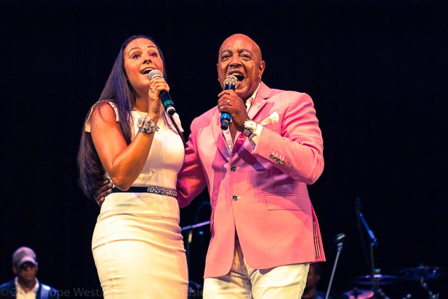 "Peabo Bryson and his wife, Tanya Boniface Bryson performing ""Tonight, I Celebrate My Love"""