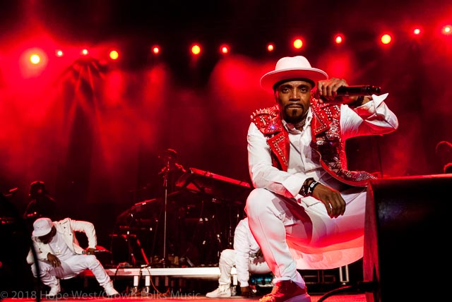 Teddy Riley performing on stage at the State Farm Arena for the