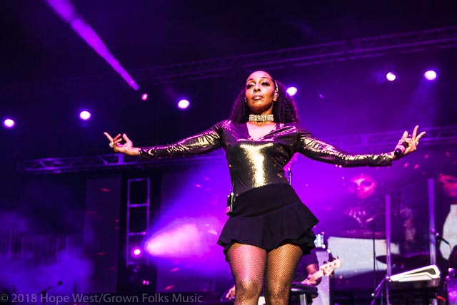 Terry Ellis of En Vogue performing on stage at the State Farm Arena for the
