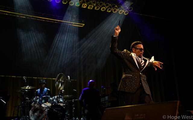 Morris Day performing at Kiss 104.1 Flashback Festival with Jellybean Johnson on drums