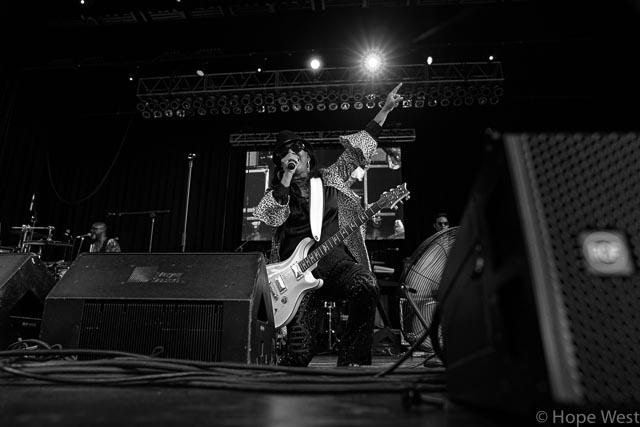 Sheila E. performing at Kiss 104.1 Flashback Festival