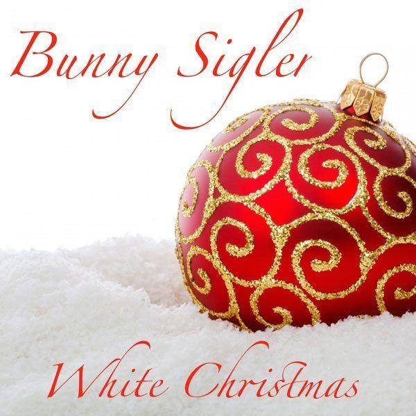 Bunny_Sigler_White_Christmas