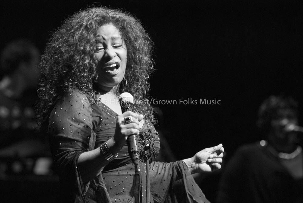 Chaka Khan in her return performance to the stage (Cobb Energy Performing Arts Centre)
