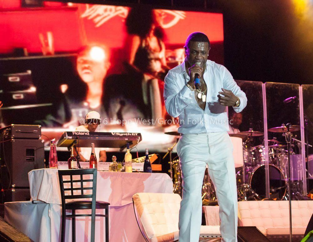 Keith Sweat performing at Wolf Creek